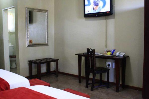 Ingwenyama Standard Room2